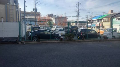 伐採後の駐車場